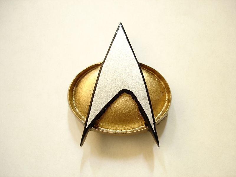 Star Trek Logo Pin Wallpaper 800x600
