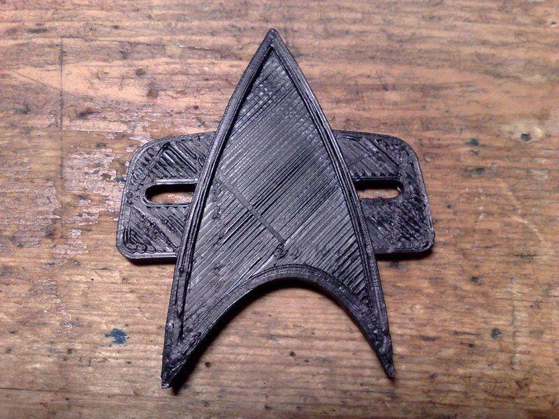Star Trek Voyager Badge Wallpaper 800x600