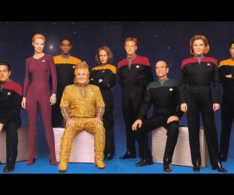 Voyager Crew Members Wallpaper